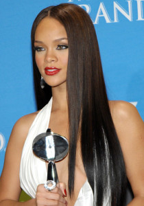 53d2956fddb12_-_rihanna-award-winning-hair-19111-large
