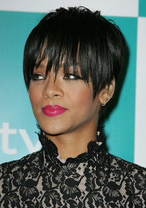 53d295707a2fc_-_rihanna-couture-crop-19111-large