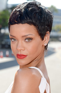 http://www.cosmopolitan.co.uk/beauty-hair/celebrity-hair-makeup/g861/Rihanna-hair-hits/?slide=1