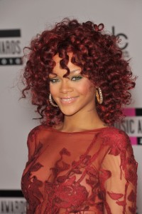 rihanna-curly-red-hairstyle