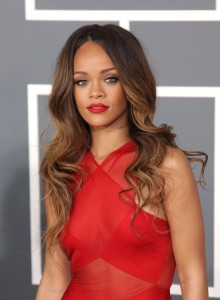 rihanna-long-wavy-brown-hairstyle